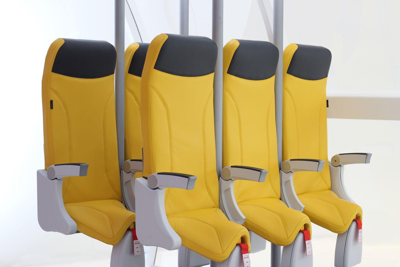 Stovimos sėdynės lėktuvuose: efektas akivaizdus, bet susidomėjimo dar nėra