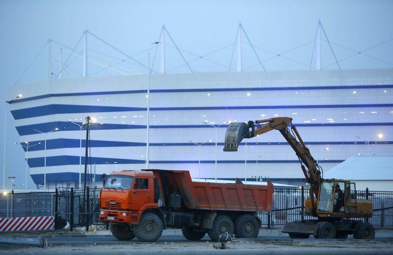 """Kaliningrado stadiono statybos. Sergejaus Karpukhino (""""Reuters"""" / """"Scanpix"""") nuotr."""
