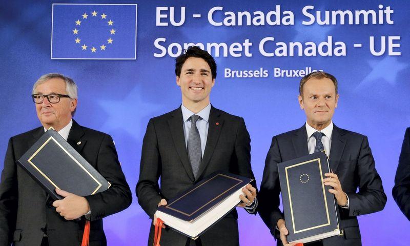 CETA sutarties pasirašymas Briuselyje. Francois Lenoir (Reuters / Scanpix) nuotr.