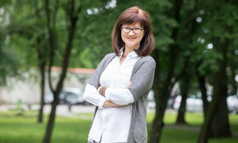 """Jurga Bajoriūnienė, konsultacijų bendrovės """"Verto Conti"""" steigėja ir konsultantė, sako, kad atlygio sistema – vadybos priemonė, kuri turi tikti konkrečiai bendrovei. Juditos Grigelytės (VŽ) nuotr."""