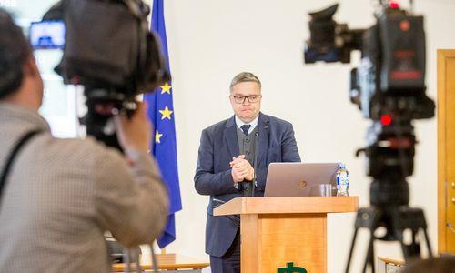 Vasiliauskas: pensijų reforma gera, mokesčių –ne