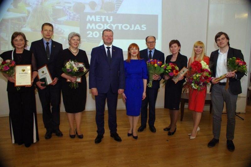 Ministerijoje apdovanoti metų mokytojai