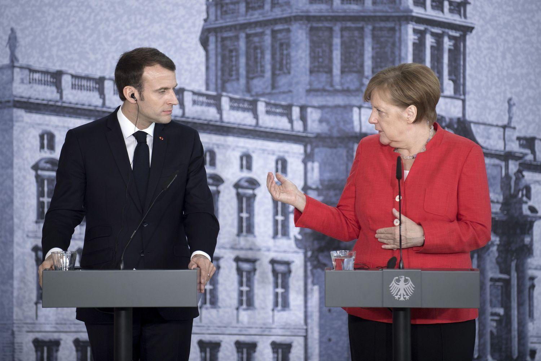 Merkel ir Macronas neranda bendros kalbos dėl euro zonos reformų