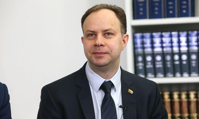 Aurelijus Veryga, sveikatos apsaugos ministras, medikų algų kėlimą vadina neturinčiu precedento. Vladimiro Ivanovo (VŽ) nuotr.