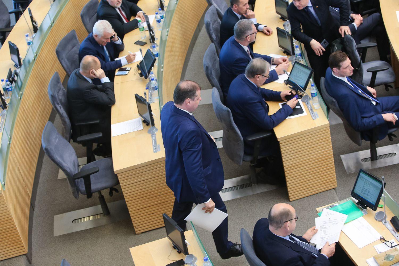 """""""Vilmorus"""": pasitikėjimas Seimu, Vyriausybe ir partijomis – itin žemas"""
