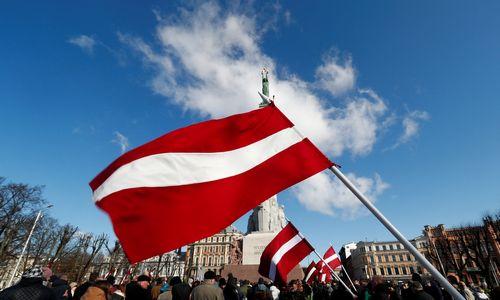 Iš Latvijos bankų bėga užsieniečių indėliai
