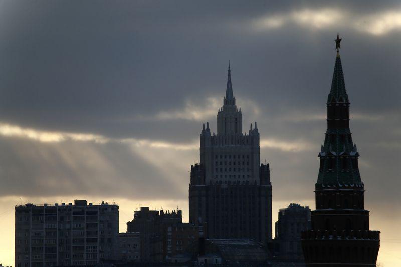 """Rusijos Kremliaus bokštas. Maximo Shemetovo (""""Reuters"""" / """"Scanpix"""") nuotr."""