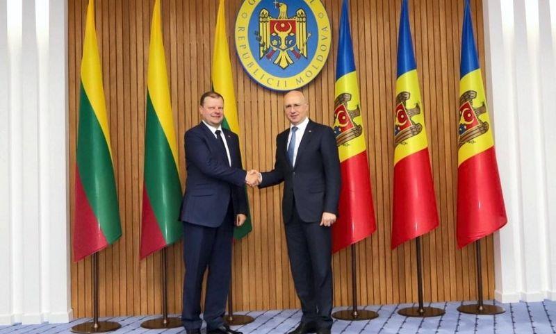 Saulius Skvernelis susitiko su Moldovos ministru pirmininku Pavelu Filipu. Vyriausybės kanceliarijos nuotr.
