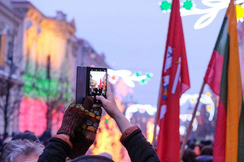 Šimtą laisvės laužų apklausos dalyviai įvardijo kaip vieną žinomiausių Vasario 16-osios renginių. Vladimiro Ivanovo (VŽ) nuotr.