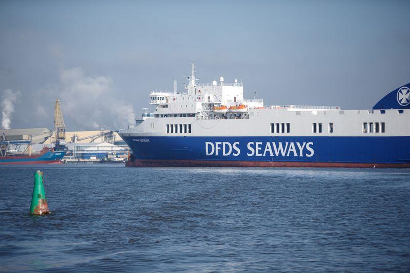 """12 laivų valdanti Klaipėdos bendrovė """"DFDS Seaways"""" pernai pagerino finansinius rezultatus, bet šių metų planus gali keisti incidentas Šiaurės jūroje. Vladimiro Ivanovo (VŽ) nuotr."""