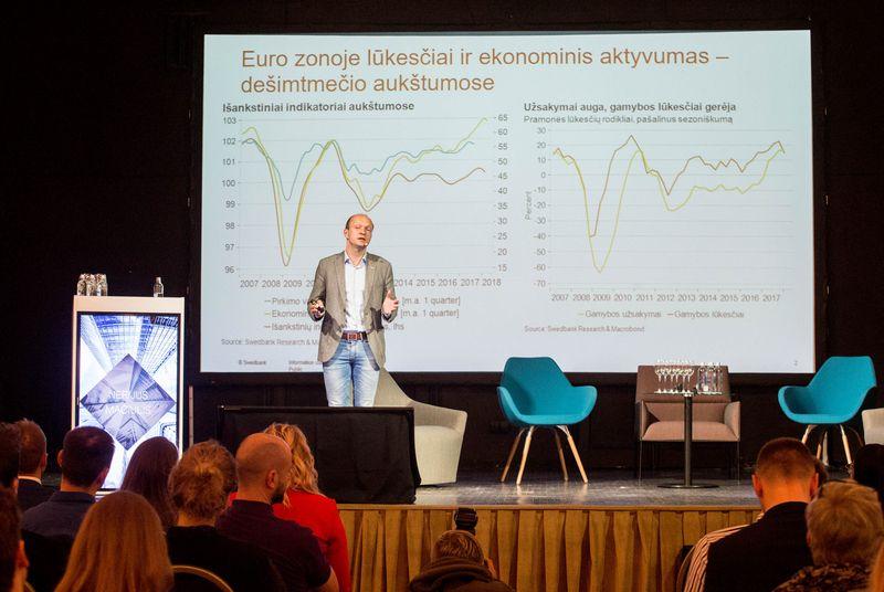"""Swedbank"" ekonomistas Nerijus Mačiulis. Juditos Grigelytės (VŽ) nuotr."