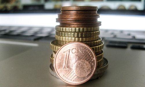 Penktą mėnesį žemyn čiuožia metinė infliacija pagal SVKI
