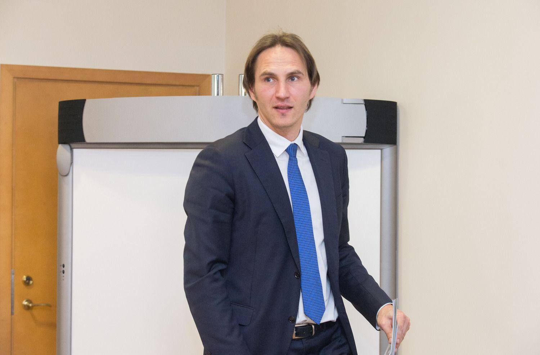 LB valdybos narys apie ICO, Azijos bankų grėsmę bei NT burbulą Švedijoje