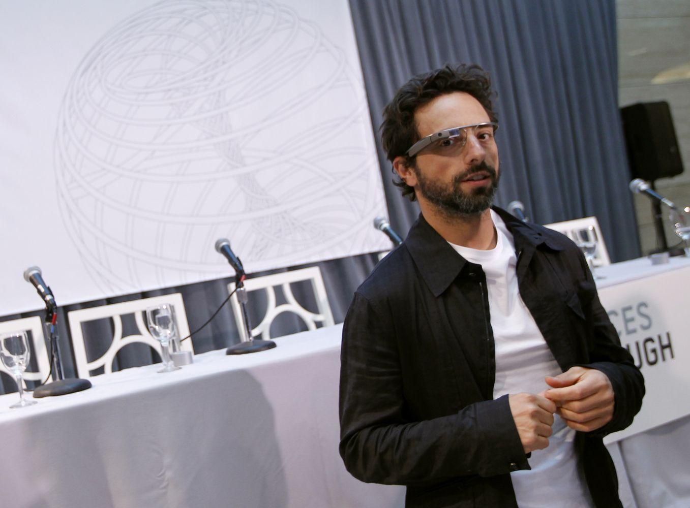 """""""Google"""" įkūrėjas: dirbtinis intelektas atneša technologijų renesansą ir nerimą"""