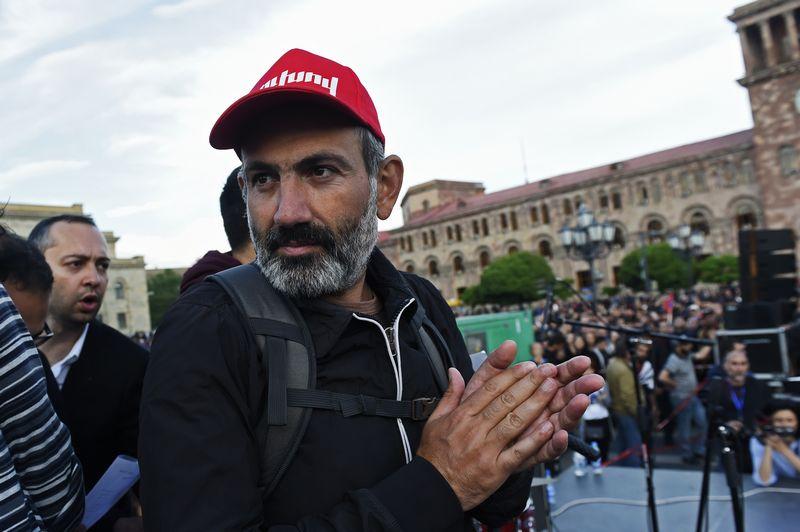 """Armėnijos protestų lyderis Nikolas Pashinianas.  Asaturo Yesayantso (""""Sputnik"""" / """"Scanpix"""") nuotr."""