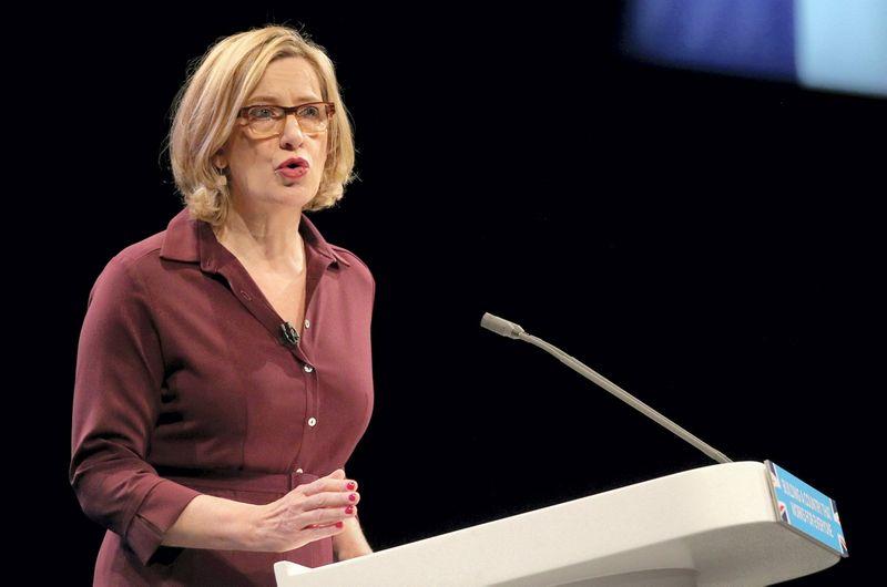 """Amber Rudd, Jungtinės Karalystės vidaus reikalų sekretorė. Hannaho McKay (""""Reuters"""" / """"Scanpix"""") nuotr."""