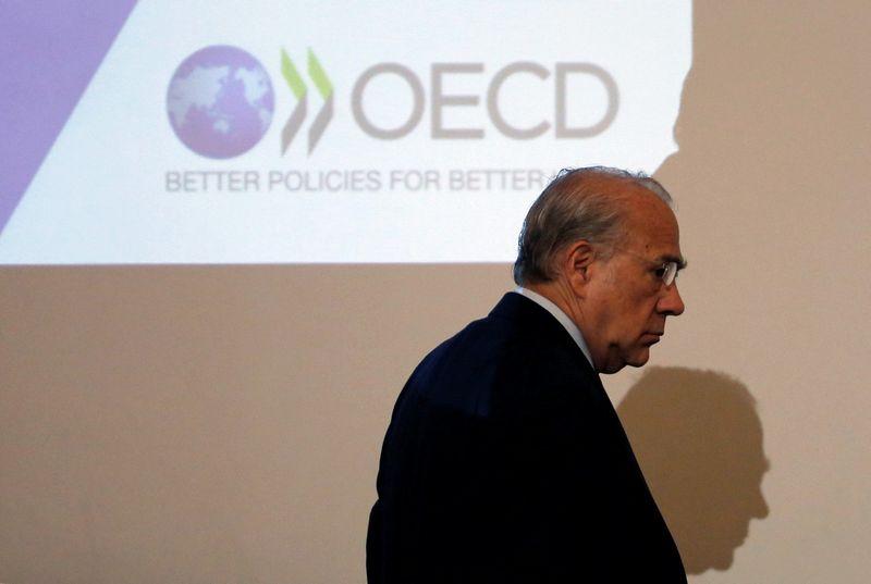 """Jose Angelio Gurria vadovaujama Ekonominio bendradarbiavimo ir plėtros organizacija yra vadinama daugiašaliu konsultacijų forumu. Toru Hanai (""""Reuters"""") nuotr."""
