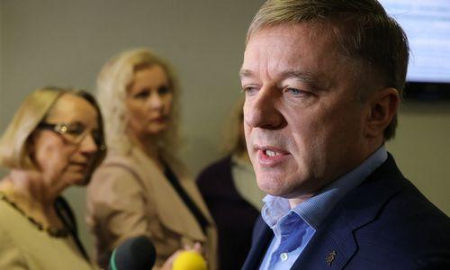 """""""Valstiečiai"""" tirs prezidentės laiškus, juos tikisi gauti iš Seimo serverių"""