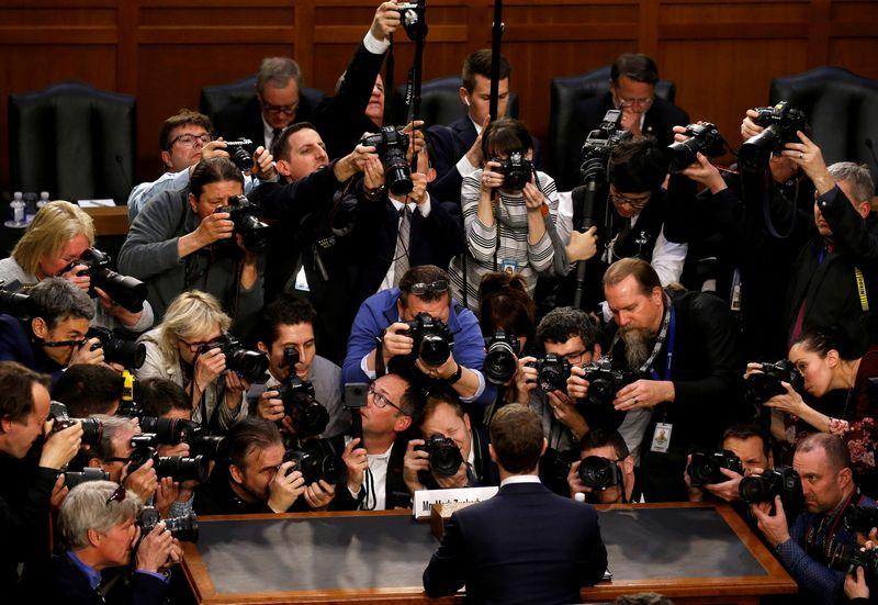 """""""Facebook"""" reguliavimo problema – kad tai darys JAV Senatas. """"Reuters"""" nuotr."""