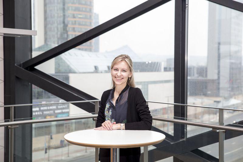"""Agnė Anzelienė, """"Swedbank"""" vyriausioji finansų maklerė. Vladimiro Ivanovo (VŽ) nuotr."""