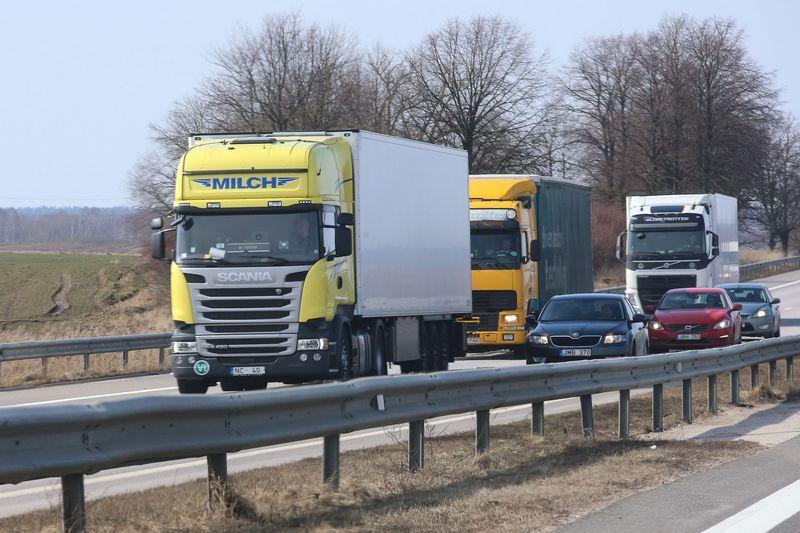 Pirmąjį šių metų ketvirtį augimu labiausiai išsiskyrė krovinių vežimas kelių transportu, pervežta 17,7% daugiau krovinių. Vladimiro Ivanovo (VŽ) nuotr.
