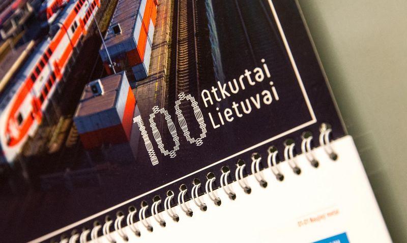 """""""100 atkurtai Lietuvai"""" kalendorius. Juditos Grigelytės (VŽ) nuotr."""