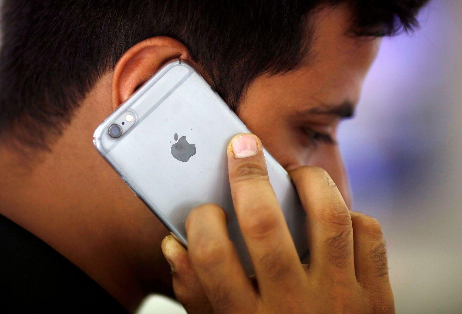 """""""iPhone"""" vartotojai iš """"Google"""" mėgina prisiteisti 3,2 mlrd. GBP"""