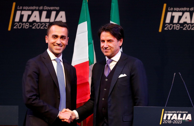 Italijos populistai į premjero postą siūlo teisininką