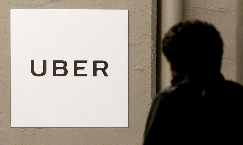 """""""Uber"""" savo vairuotojams paruošė plačią draudimo programą. """"Reuters"""" / """"Scanpix"""" nuotr."""