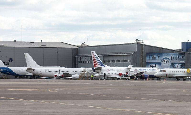 Iš Vilniaus oro uosto šiandien pradedami skrydžiai į Kazachstano sositnę. Juditos Grigelytės (VŽ) nuotr.