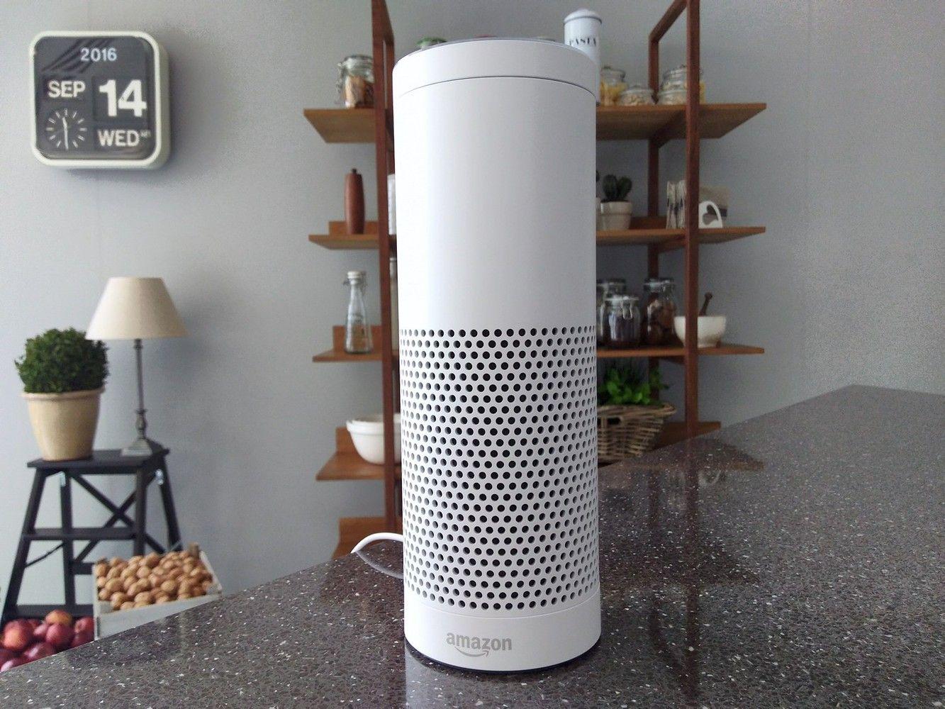 """""""Amazon Alexa"""" įrašė ir pasidalino privačiu poros pokalbiu"""