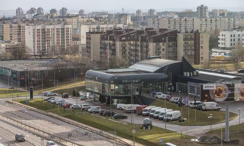 """Konkurencijos taryba leido pakeisti į Lietuvą """"Peugeot"""" importuojančios įmonės savininkus"""