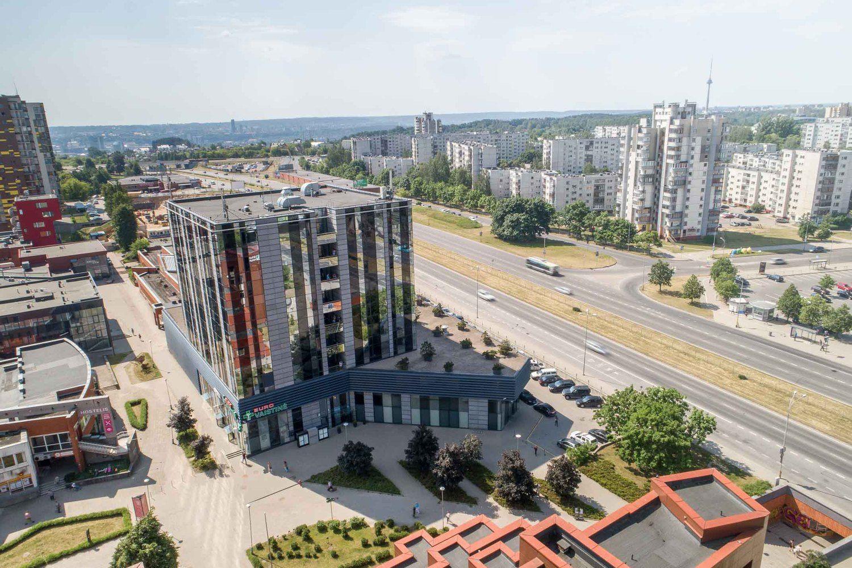 """""""EfTEN"""" už 9,02 mln. Eur įsigijo verslo centrą Šeškinėje"""