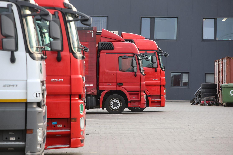 Sunkvežimių poreikis Europoje pirmą kartą viršija transporto pasiūlą