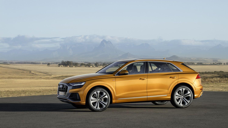 """""""Audi"""" išviešino savo naujutėlį visureigį Q8"""