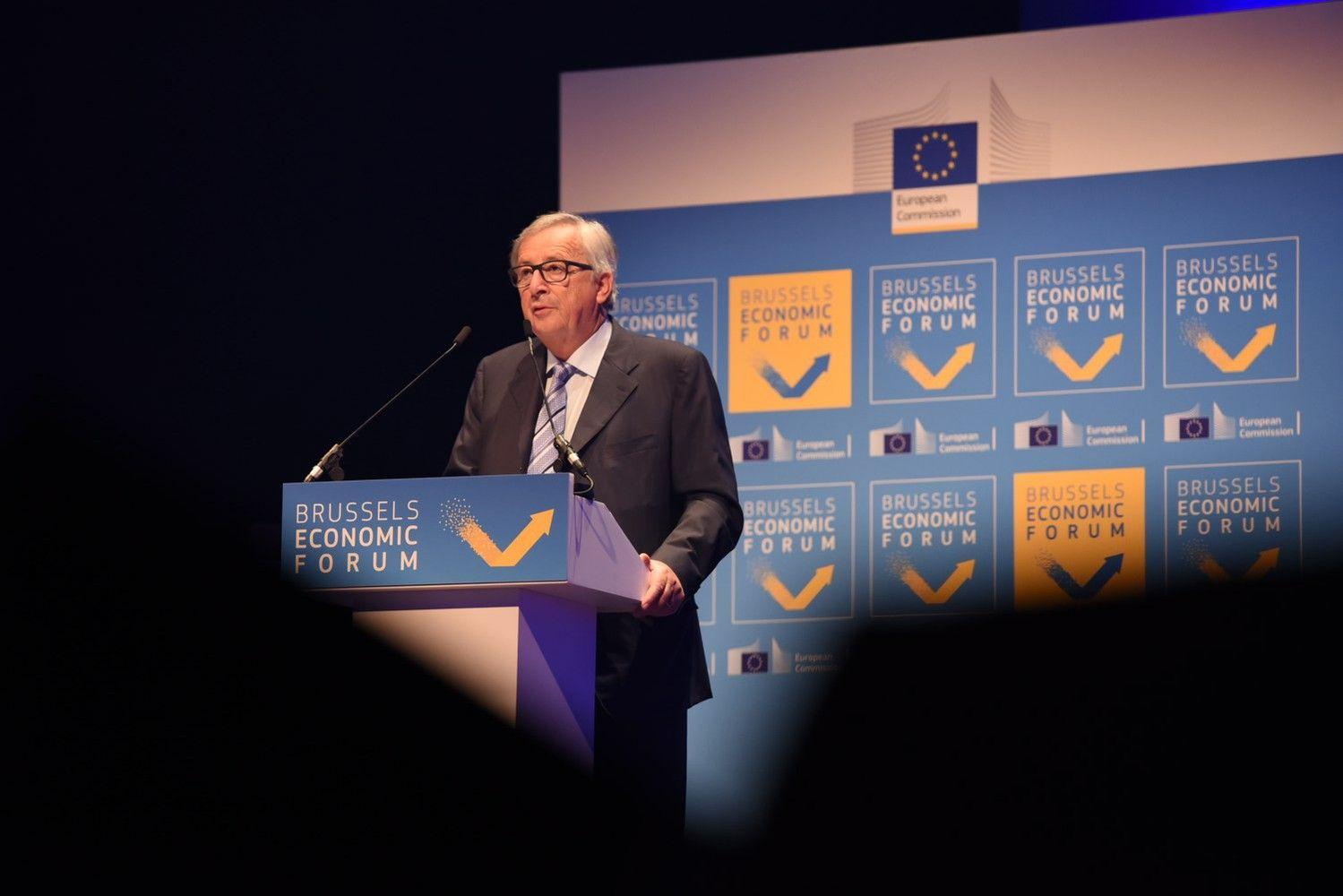 Junckeris: sunkmečio fondas euro zoną pavers atsparesne ateities krizėms