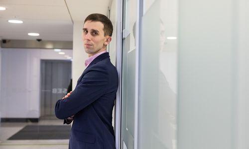 Estijos pavyzdys, kaip įdarbinti žmonių pinigus