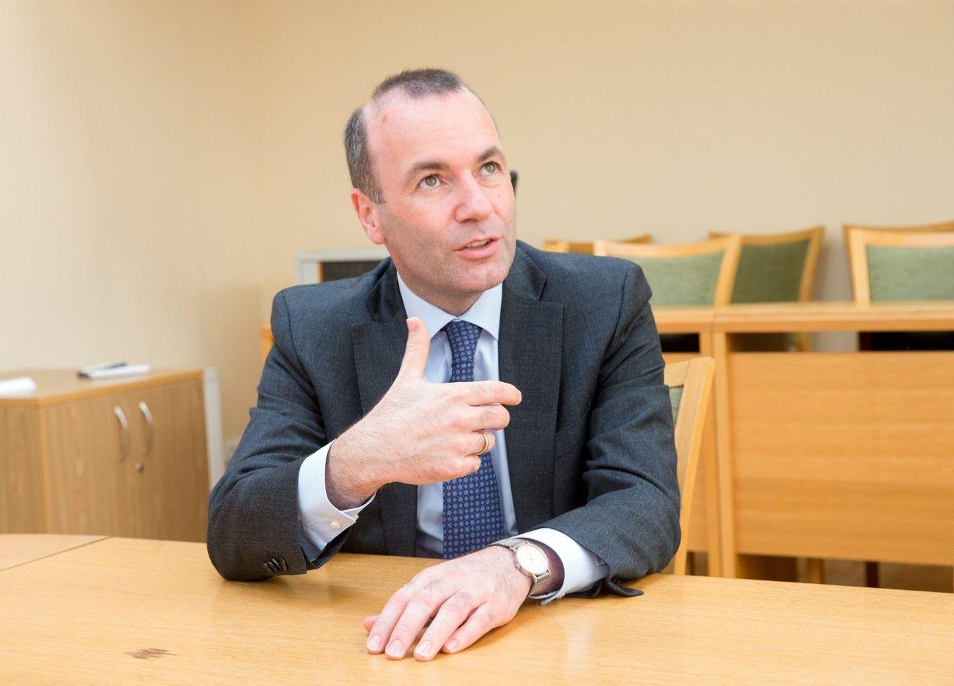 Didžiausios Europos Parlamento frakcijos vadovas: ES biudžetas darbus keičiamas iš esmės