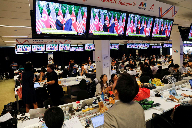 Stocks Mixed, Dollar Up as Korea Summit Underway: Markets Wrap