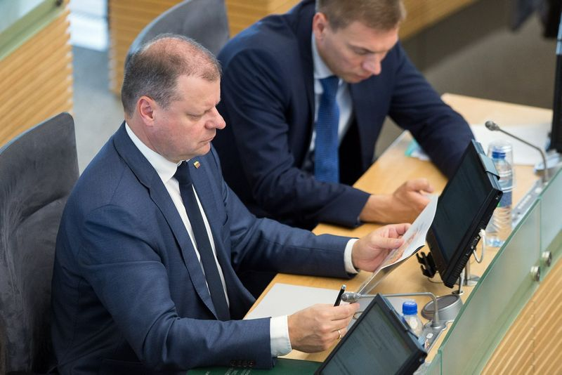 Saulius Skvernelis, Seime svarstomas klausimas dėl mokesčių reformos. Žygimanto Gedvilos (15min.lt) nuotr.