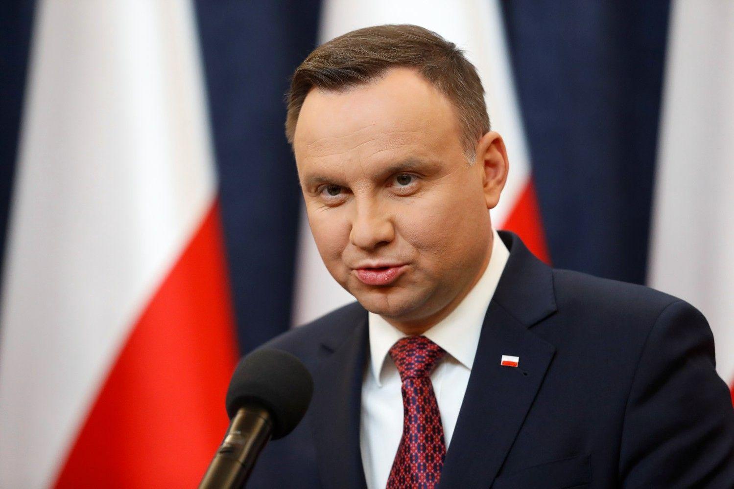 Per šimtmečio minėjimą Lenkija planuoja referendumą, paliesiantį ir šalies narystę ES