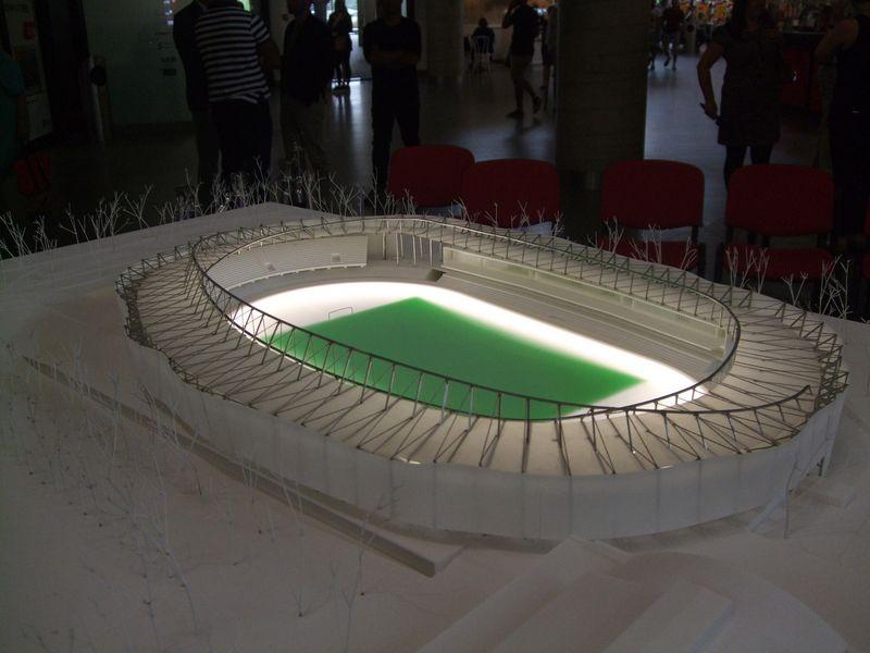 """Kauno m. savivaldybė pasirašė S.Dariaus ir S. Girėno stadiono rekonstrukcijos sutartį su Turkijos kompanija """"Kayi Construction"""".Vytauto Gaižausko (VŽ) nuotr."""