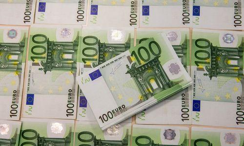 ECB retorikos pasikeitimas kirto eurui
