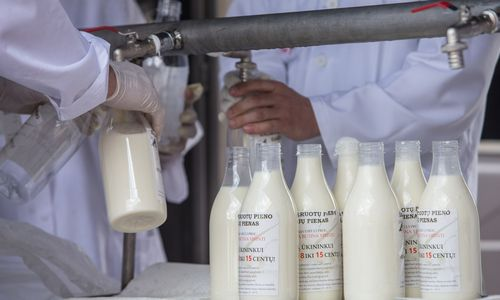 Gegužę už pieną vėl mokėjo mažiau