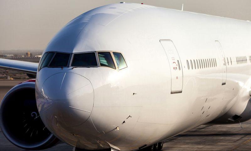 """""""AviaAM Leasing"""" kartu su partneriais Kinijoje įsigijo naują plataus fiuzeliažo """"Boeing 777"""". Įmonės nuotr."""