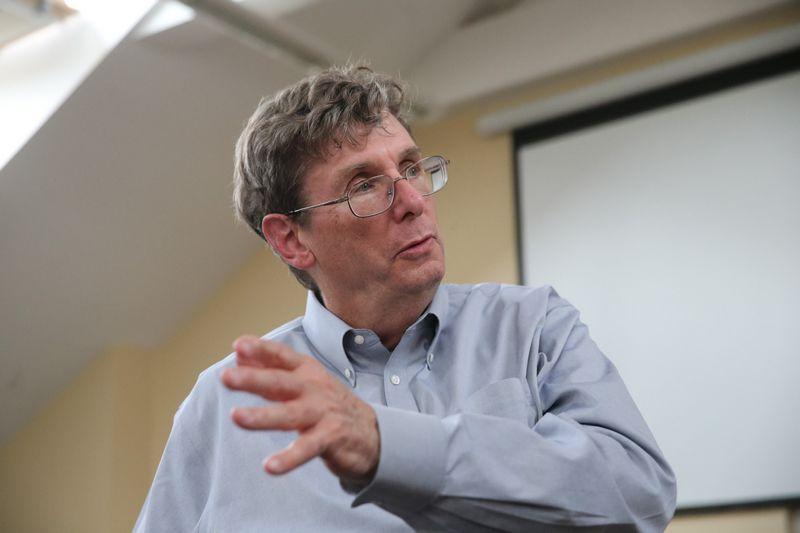"""Curtis R. Carlsonas, buvęs """"SRI International"""" vadovas. Vladimiro Ivanovo (VŽ) nuotr."""