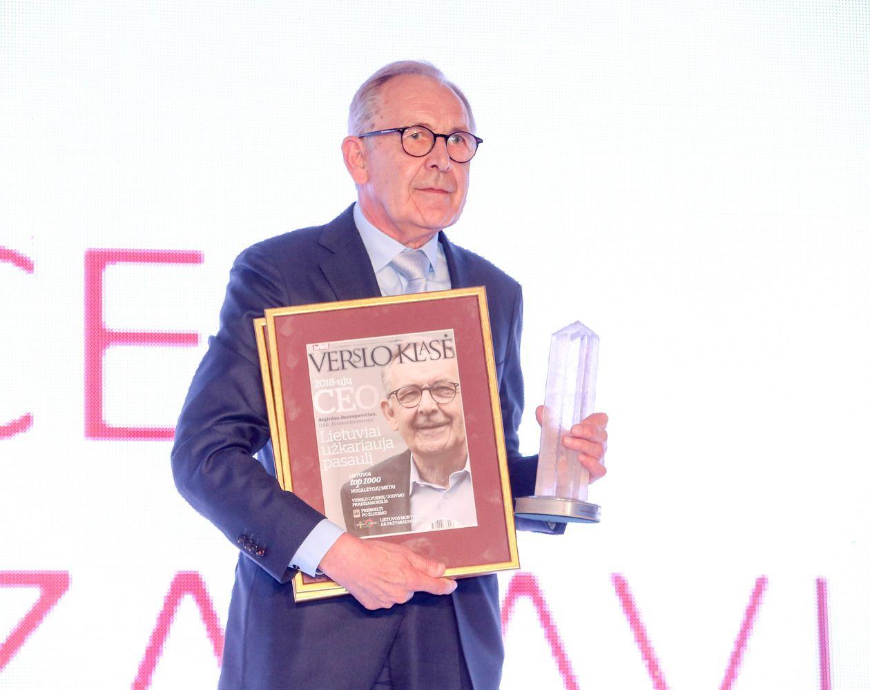 VŽ Metų CEO Juozapavičius: vadovui turi rūpėti, kad darbuotojai būtų laimingi
