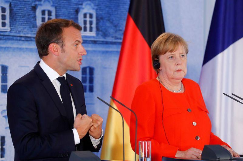 Vokietijos ir Prancūzijos vadovų susitikimas. Hannibalo Hanschkės (Reuters / Scanpix) nuotr.