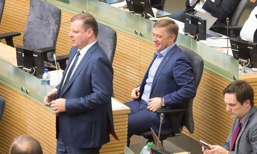 R.Karbauskio ir S.Skvernelio pasiūlyme – didesni mokesčiai nuo 4.400 Eur