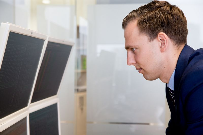 Simonas Jurgionis, SEB banko Finansų rinkų departamento Finansų maklerio skyriaus vadovas. Juditos Grigelytės (VŽ) nuotr.